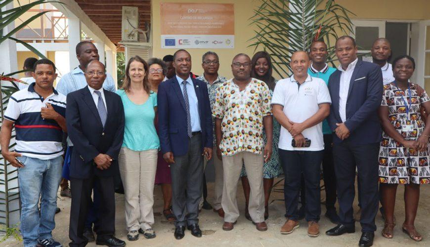 Rede de produtores e mulheres rurais são-tomenses com acesso a Centro de Recursos